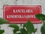 tabliczka na kancelarii komorniczej